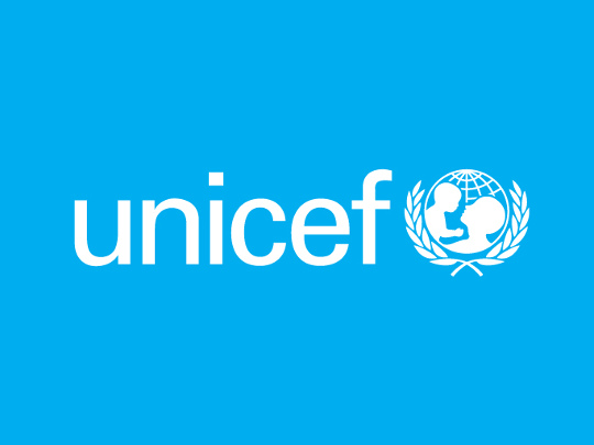 unicef logo flag